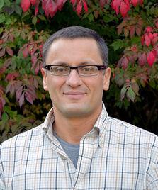 Headshot: Dr. Grzegorz Buczkowski,
