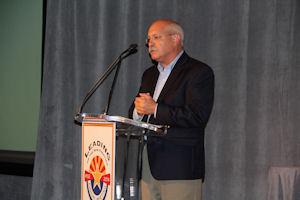 Dan Stahl speaks at the 2014 RISE meeting in Arizona. PHOTO: Seth Jones