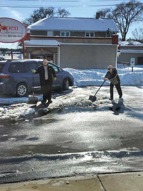 Snow shoveling at Schopen Pest Solutions