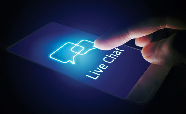 Live chat on cell phone