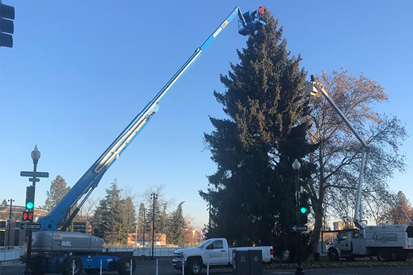 Installing the lights requires a 125-foot lift and takes about 32 man-hours. PHOTO: SENSKE SERVICES