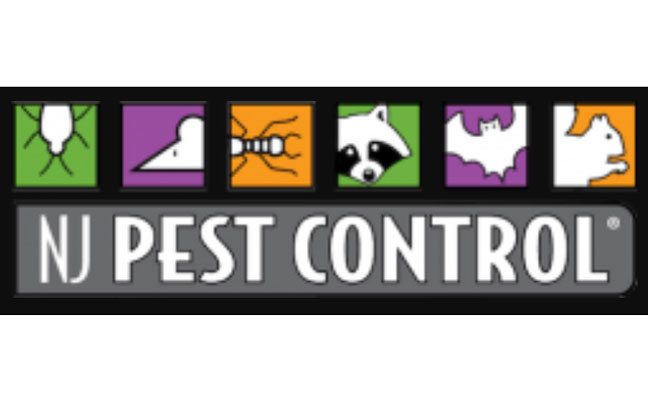 LOGO: NJ WILDLIFE AND PEST CONTROL